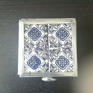 NWOT Blue/silver Moroccan tile box. One size.